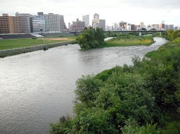 豊平川.jpg